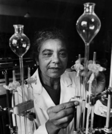 Photo of Mary Elliott Hill in a lab